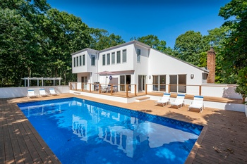 Completely Renovated! Bright Contemporary With Pool in Near Nw